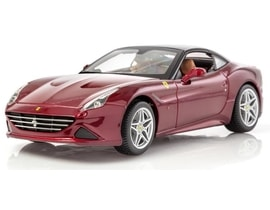 Bburago Ferrari California (Closed Top) 1:18 Ferrari Signature